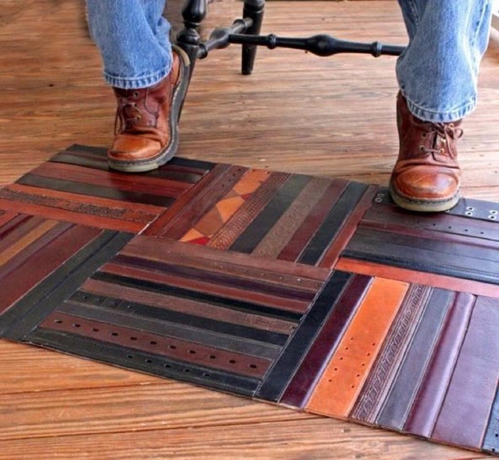 Кожаный коврик - коврик из ремней